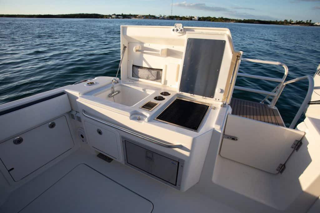 Starboard side transom